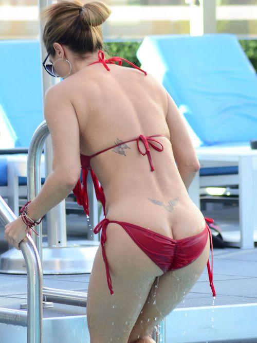 Jennifer Nicole Lee.. bikini fail... | °[Bikinis ...
