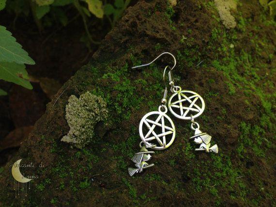 Witch accessories pendant 452 pinterest orecchini pentacolo e streghetta cod 0103011 mozeypictures Images