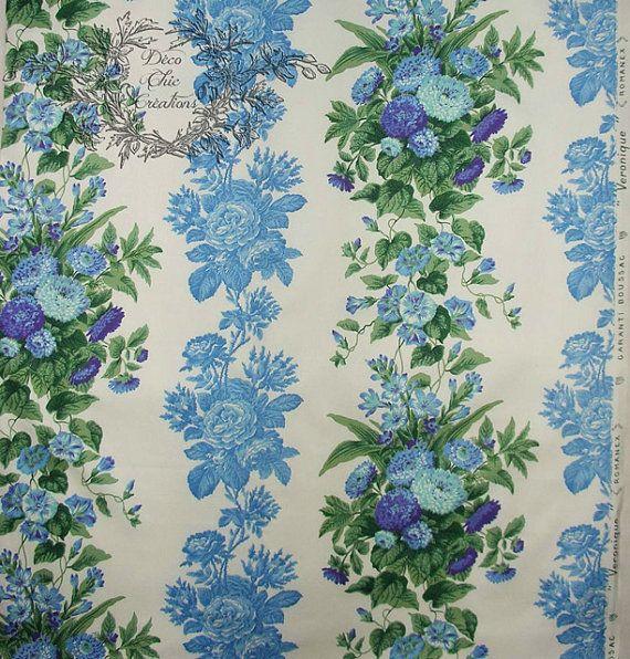 Tissu ancien Boussac Romanex fleurs bleues Le tissu qui tapissait entièrement mon lit Epéda, un modèle de 1966 (voir http://www.ebay.com/itm/Publicite-Advertising-1966-Literie-et-matelas-Epeda-/321648676020 ) #tissu #literie #vintage