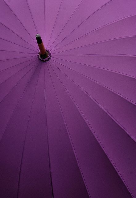 Umbrella in Radiant Orchid Color of the year Pantone 2014 #orchid #coloroftheyear