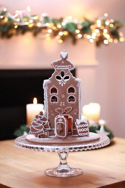 Feines Handwerk  Lebkuchen Haus,Ginger Bread,backen, lecker bakery, fondant, torten, nähen, DIY, basteln