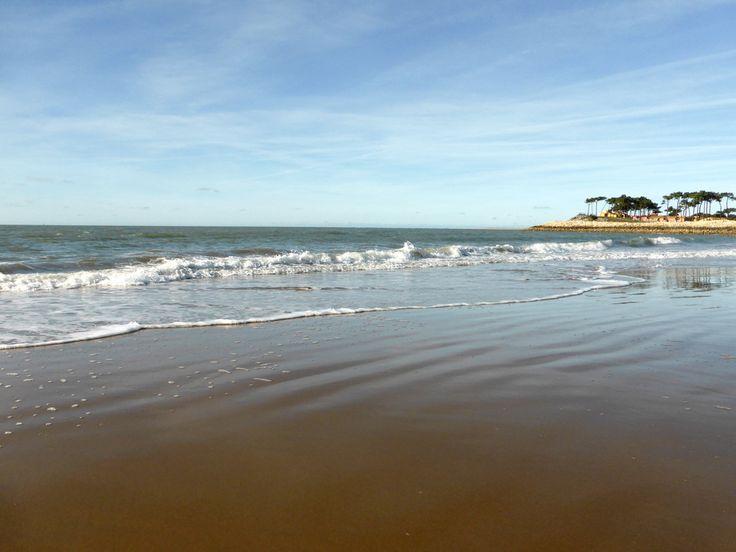 La Palmyre Les Mathes vous offre une belle variété de plages sur l'océan Atlantique: de la baie de Bonne Anse à la côte Sauvage dans un cadre naturel...