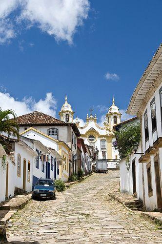Tiradentes, Minas Gerais, Brazil  #LugaresDRF                                                                                                                                                      Mais