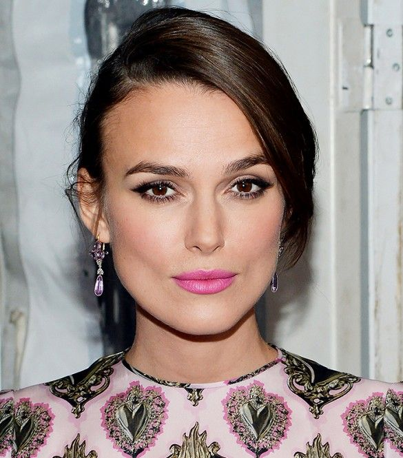 Keira Knightley's Hot Pink Lip + Smoky Cat Eye