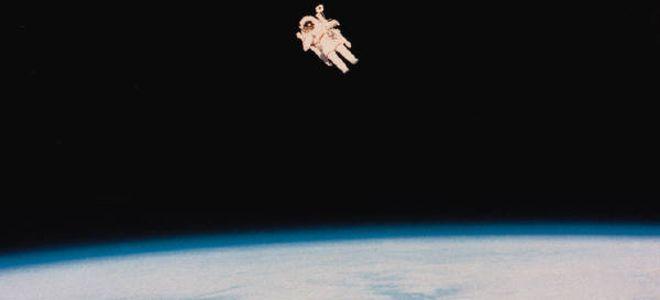 Τι παθαίνει το ανθρώπινο σώμα στο διάστημα; Η αλήθεια πίσω από τις υπερβολές των ταινιών  - http://www.secnews.gr/archives/81985 - Κατά καιρούς έχουμε δει πολλές ταινίες επιστημονικής φαντασίας όπου αστροναύτες βρίσκουν τραγικό θάνατο γιατί κατά λάθος σκίστηκε η στολή τους στο α�