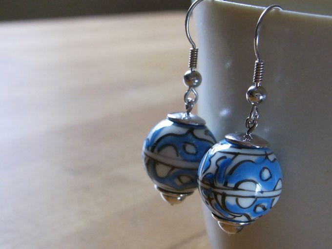 Keramik - Ohrhänger mit großen Perlen von Schmuckeritis auf DaWanda.com