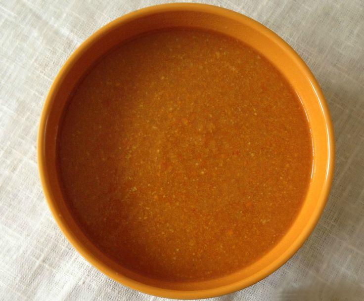 Recept: Detox soep met knolselderij en wortel. Check out my blog: www.befitandfashionable.com voor meer details.