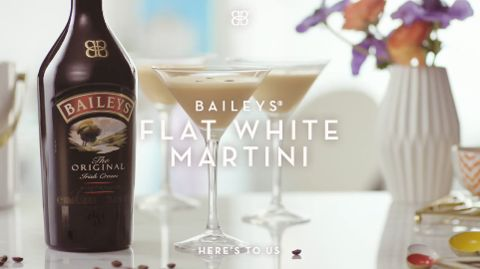 A classy cocktail with a rich, smooth flavour, frothy finish and coffee kick (Please don't forward to those who are under the legal purchase age of alcohol)