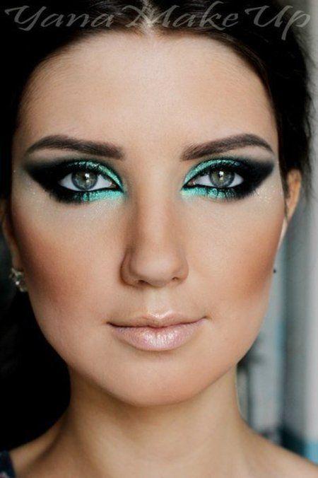 Classic Teal Eye Makeup
