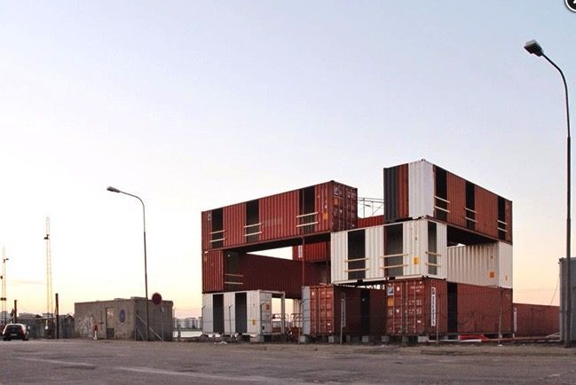 It's a wrap: Temporary offices built from shipping containers : TreeHugger