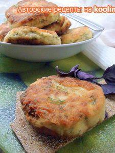 Фото к рецепту: Сочные рыбные котлеты с йогуртом и геркулесом.
