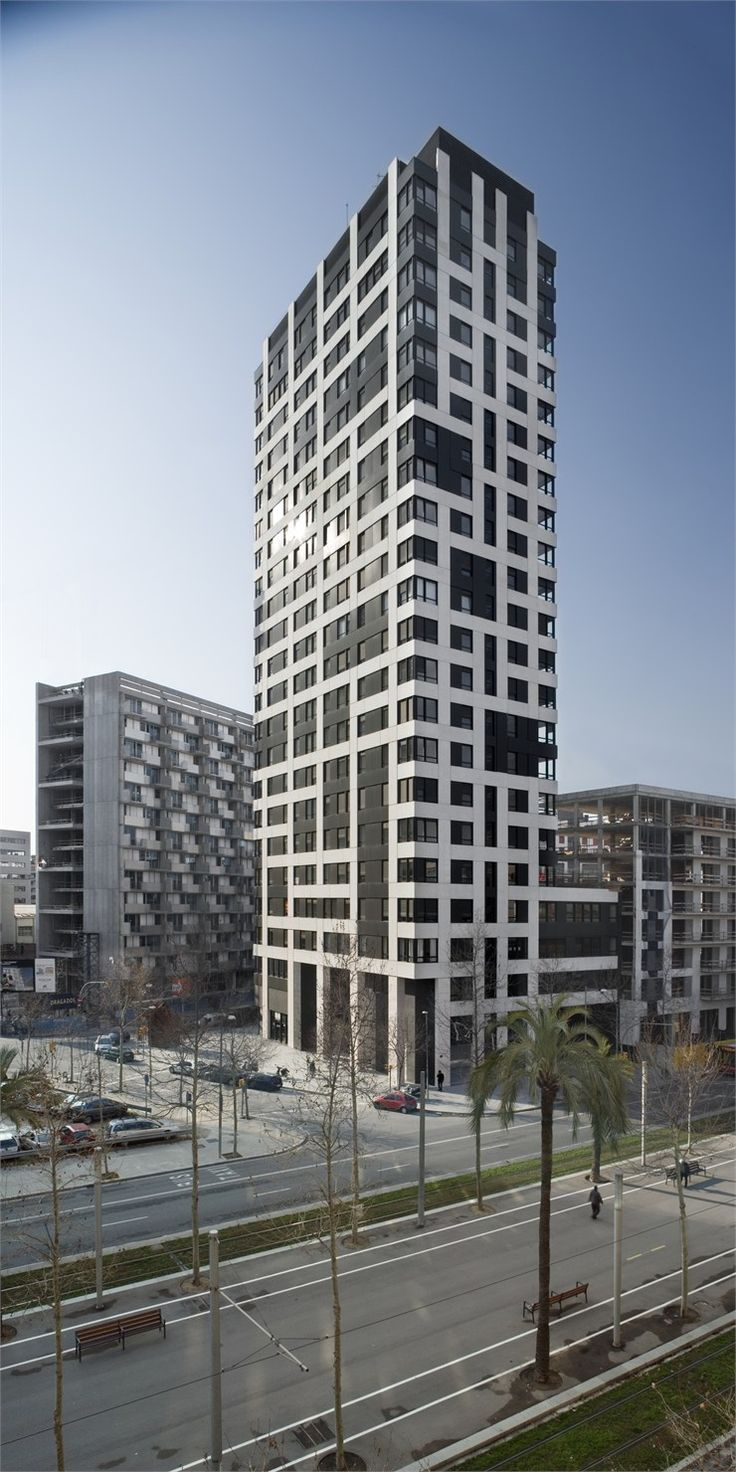 Les 95 meilleures images propos de housing sur pinterest for Barcelone architecture contemporaine