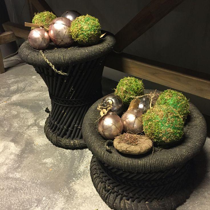 Kerstballen en krukjes van Hoffz