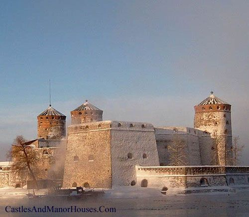 Olavinlinna (St. Olaf's Castle) Savonlinna, Finland...      http://www.castlesandmanorhouses.com/photos.htm   ...     This is said to be the northernmost medieval stone fortress in Europe still standing.