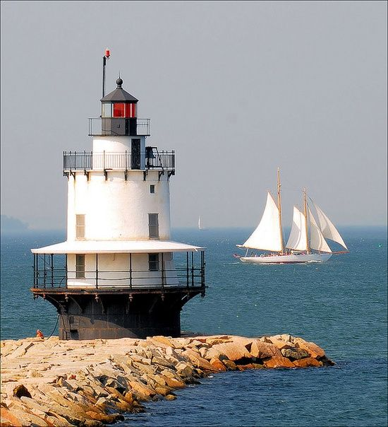 Lighthouse Tour In Southern Maine