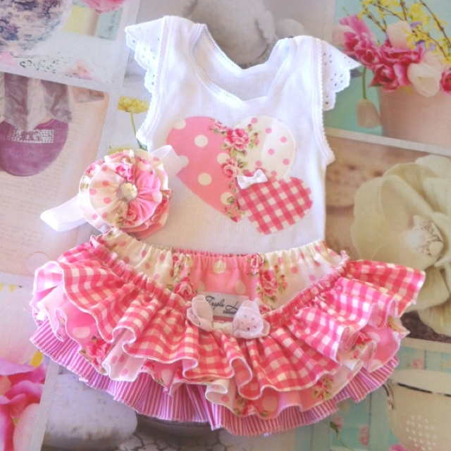 'Flower Sugar' Ruffles Set www.facebook.com/tripleldesigns1