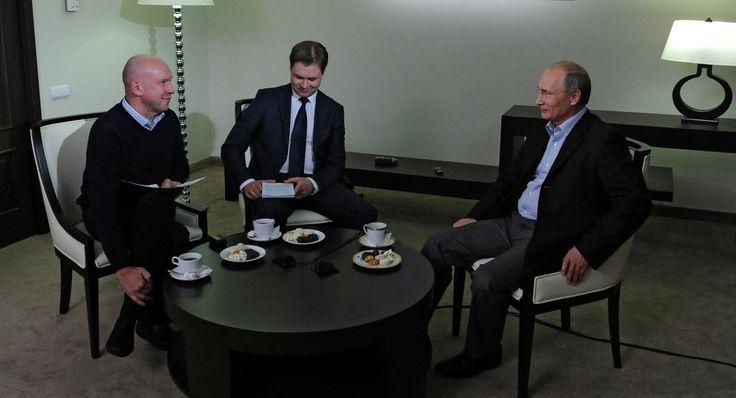 Putin: Russian Economy Won't Be Dominated by 'Dollar Dictatorship'.