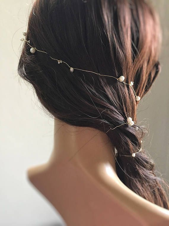 Bridal hair vine with single golden wire and ivory beads
