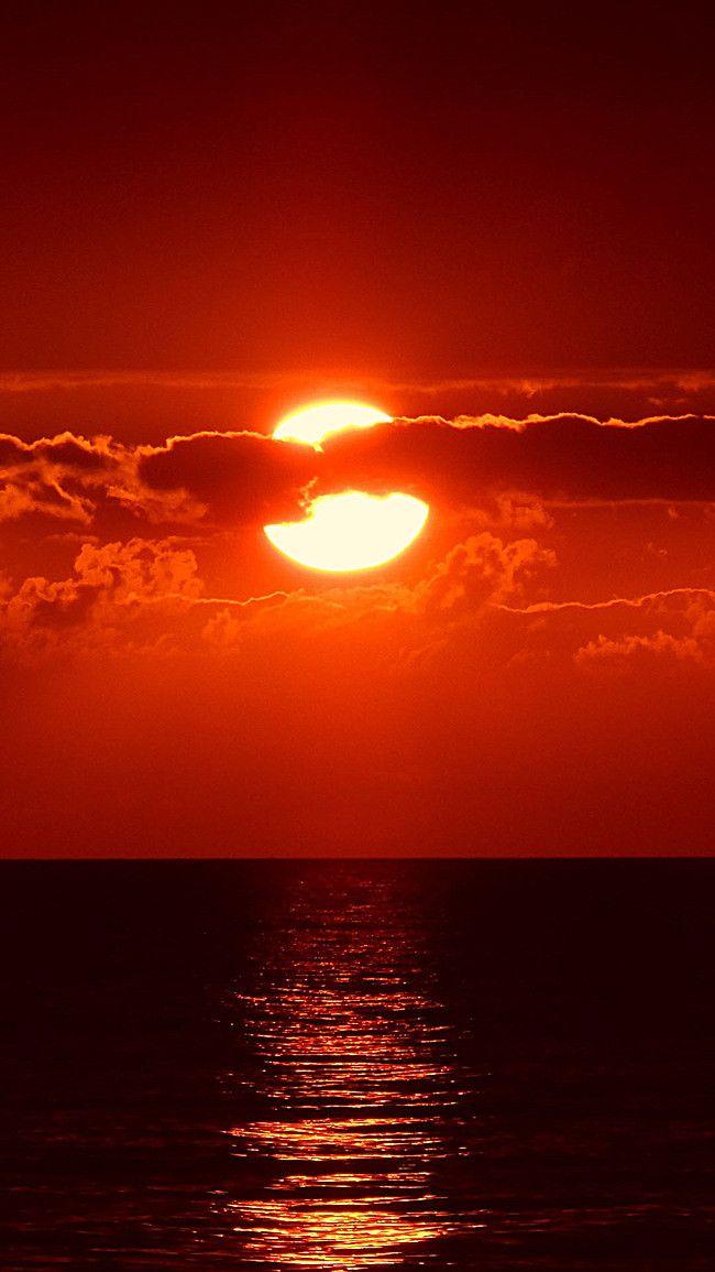 Le Fond De La Mer Rouge Sous Le Soleil Couchant H5 Paysage Coucher De Soleil Fond D Ecran Rouge Fond D Ecran Couleur