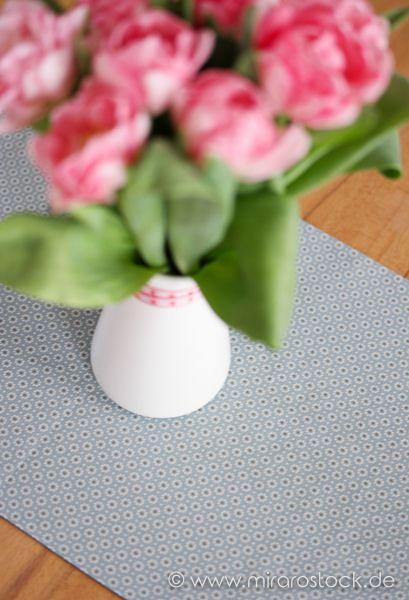 Zweiseitiger Tischläufer, genäht aus den schönen und zeitlosen Baumwollstoffen von Au Maison.