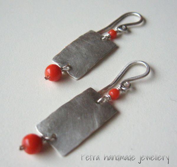 "Orecchini ""Rectangular""corallo arg.925  di Petra Handmade Jewellery su DaWanda.com"