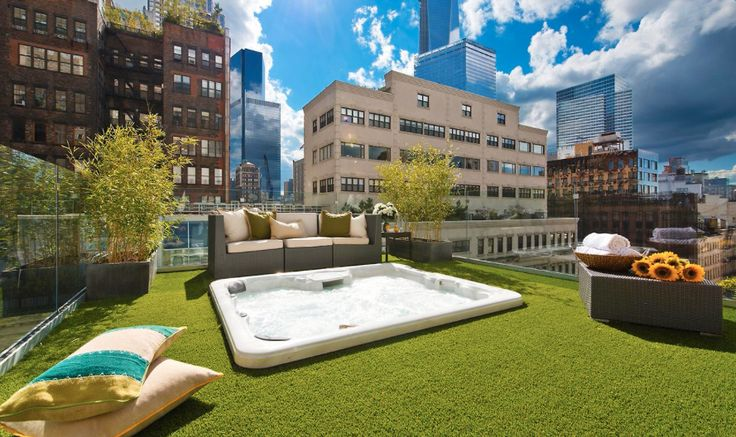 13 Stunning Apartments In New York: New York Luxury Apartment With Rooftop Jacuzzi