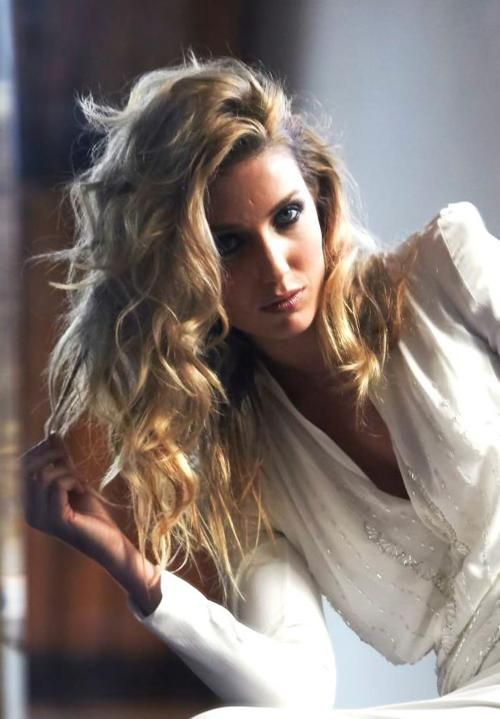 37 Best Images About Annabelle Wallis On Pinterest