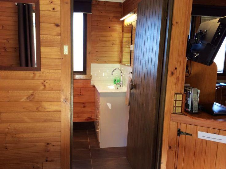 Ensuite Bathroom in all cottages