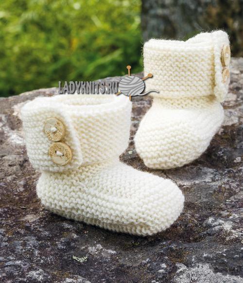Детские сапоги спицами для малыша от рождения до 2 лет