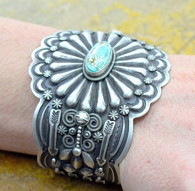 Fred Harvey Era Cuff bracelet with turquoise