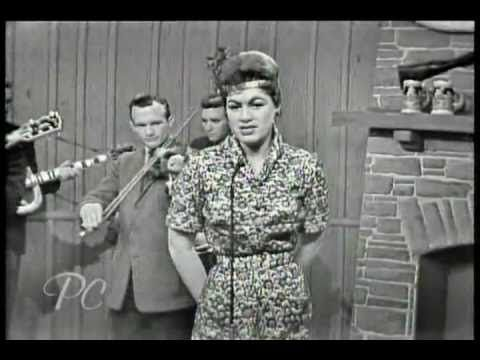 ❤Crazy by Patsy Cline- In the memory of this great singer - YouTube