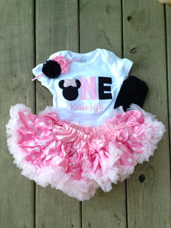 This listing is for one custom Minnie Mouse birthday outfit in pink and plack with matching rosette headband, leg warmers, and petti skirt. This shirt