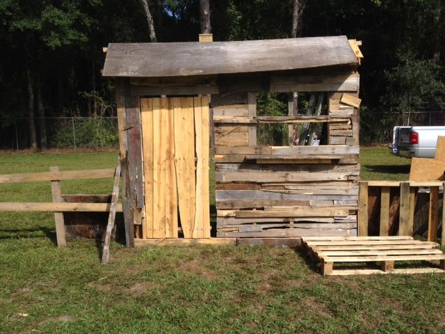 Worked today on the witch / cemetery shack for our yard haunt. We have been given tons of pallets. Hoping to save the facade somehow to use again next year. Decided to put the witches and cemetery scenes on the large lot next to our home,.,, that way we can do a long walking path out to it. Will be super creepy! And we are putting the pumpkin patch and less scary things up in front of the house, I'm also adding curtains so I can put a lamp/light to illuminate it from inside. The