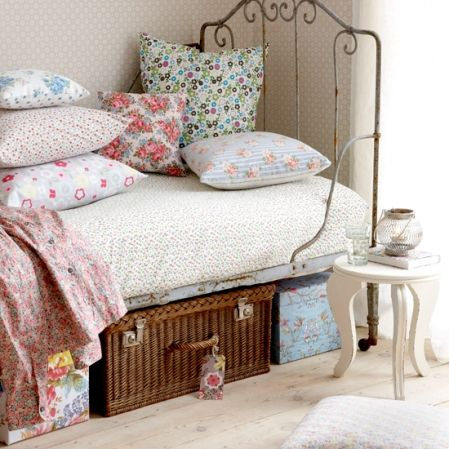 bedframe: Decor, Interior, Beds, Style, Shabby Chic, Vintage, Bedrooms, Bedroom Ideas