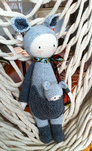 KIRA the kangaroo made by JoanaE / crochet pattern by lalylala