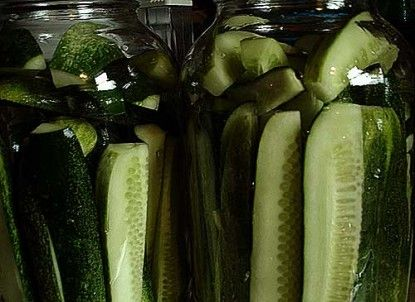 TRY THIS ONE....  Claussen pickle recipe.