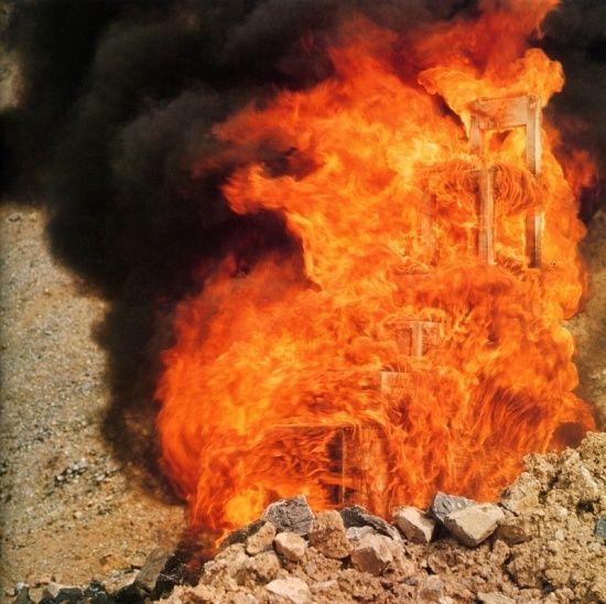 alessandro mendini destruction of Lassu chair (1974)