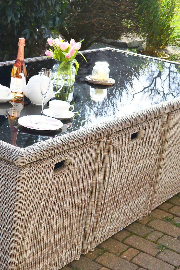 Gartenmobel Von Hornbach : Die #Sessel lassen sich platzsparend unter den Tisch schieben Passend