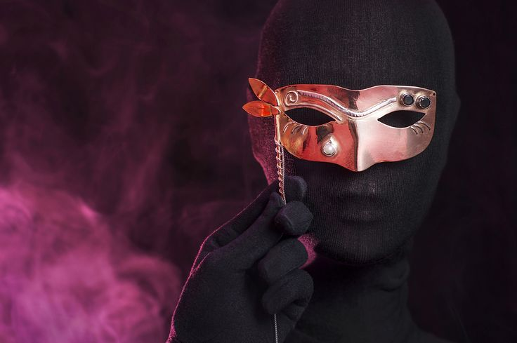 """""""Mask"""" by Carmen Watkins - Contemporary jewelry application for Taboo Exhibition 2014"""