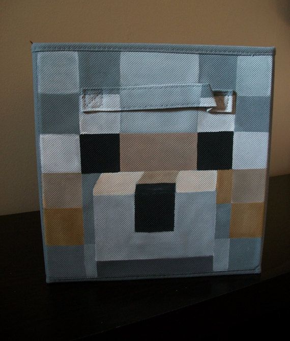 This is for a gray Wolf Minecraft fabric bin. Wolfs nose is painted to give a 3D effect which adds some life to the bin. Its hand-painted with