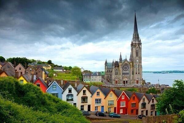 La catedral de St. Coleman, Cobh, condado de Cork, Irlanda.