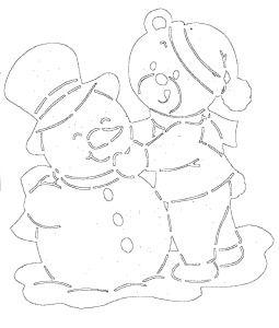 медвежонок со снеговиком