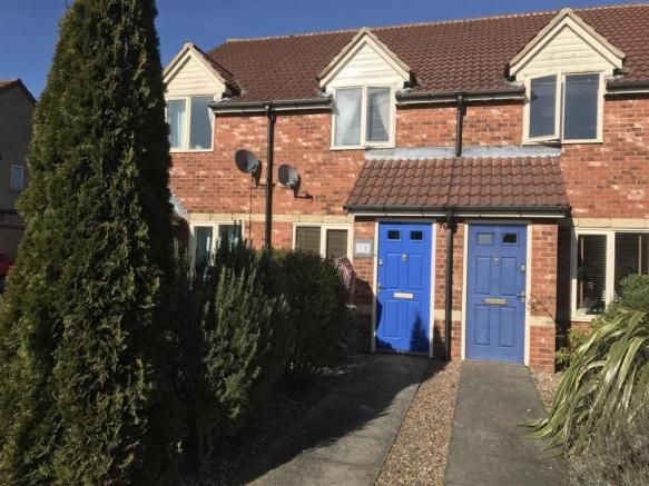 2 bedroom terraced house for sale - Kendrick Close, Coalville Full description   	***WELL PRESENTED MODERN TWO BEDROOM TOWNHOUSE, RE-FITTED BATHROOM, PLEASANT REAR GARDEN*** We have pleasure in bringing to market this well presented townhouse which is within easy reach of Coalville town centre and major motorway links. The accommodation has an Entrance... #coalville #property https://coalvilleproperties.com/property/2-bedroom-terraced-house-for-sale-kendrick-close-coalvill