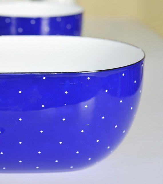 Arabia enamelware bowl