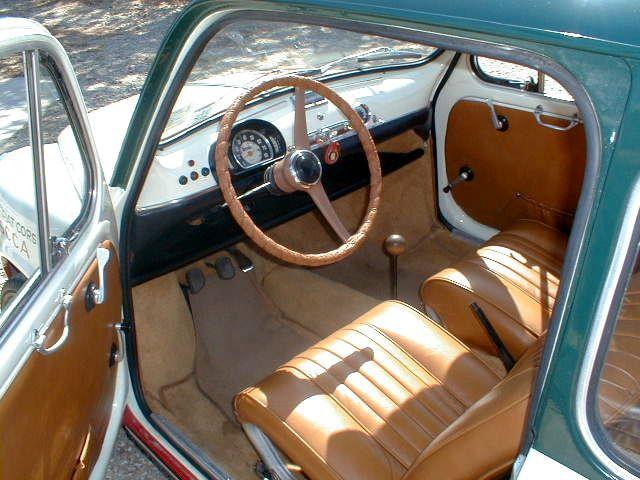 Fiat 600 interior