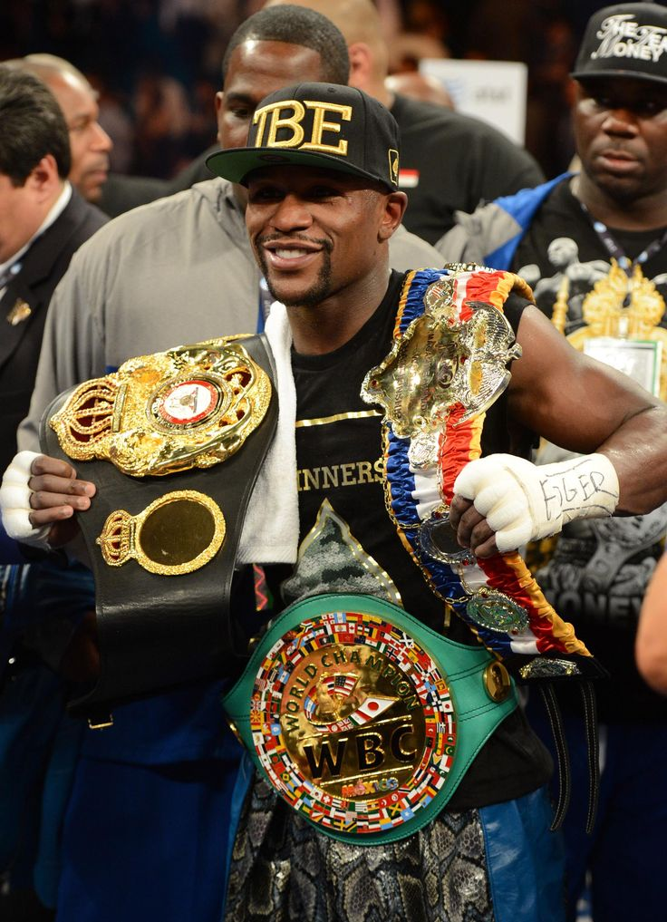 TRUE OR FALSE: Floyd Mayweather Jr. makes winning look easy
