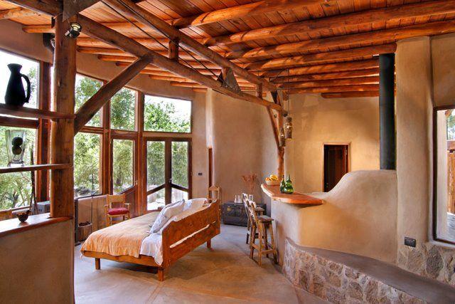 Construccion con tierra Christian Lico kreemo.net8  Una casa de tierra, madera y paja