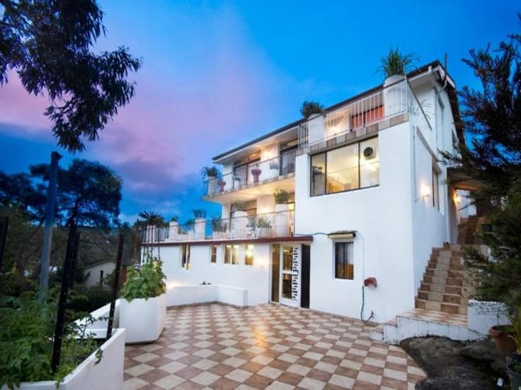 Marcus place, Frenchs Forest