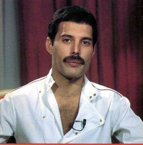 Freddie Mercury Interview at ET in 1982.