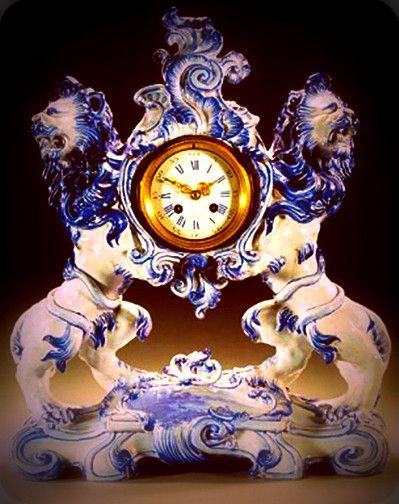 1895 Ceramic Clock